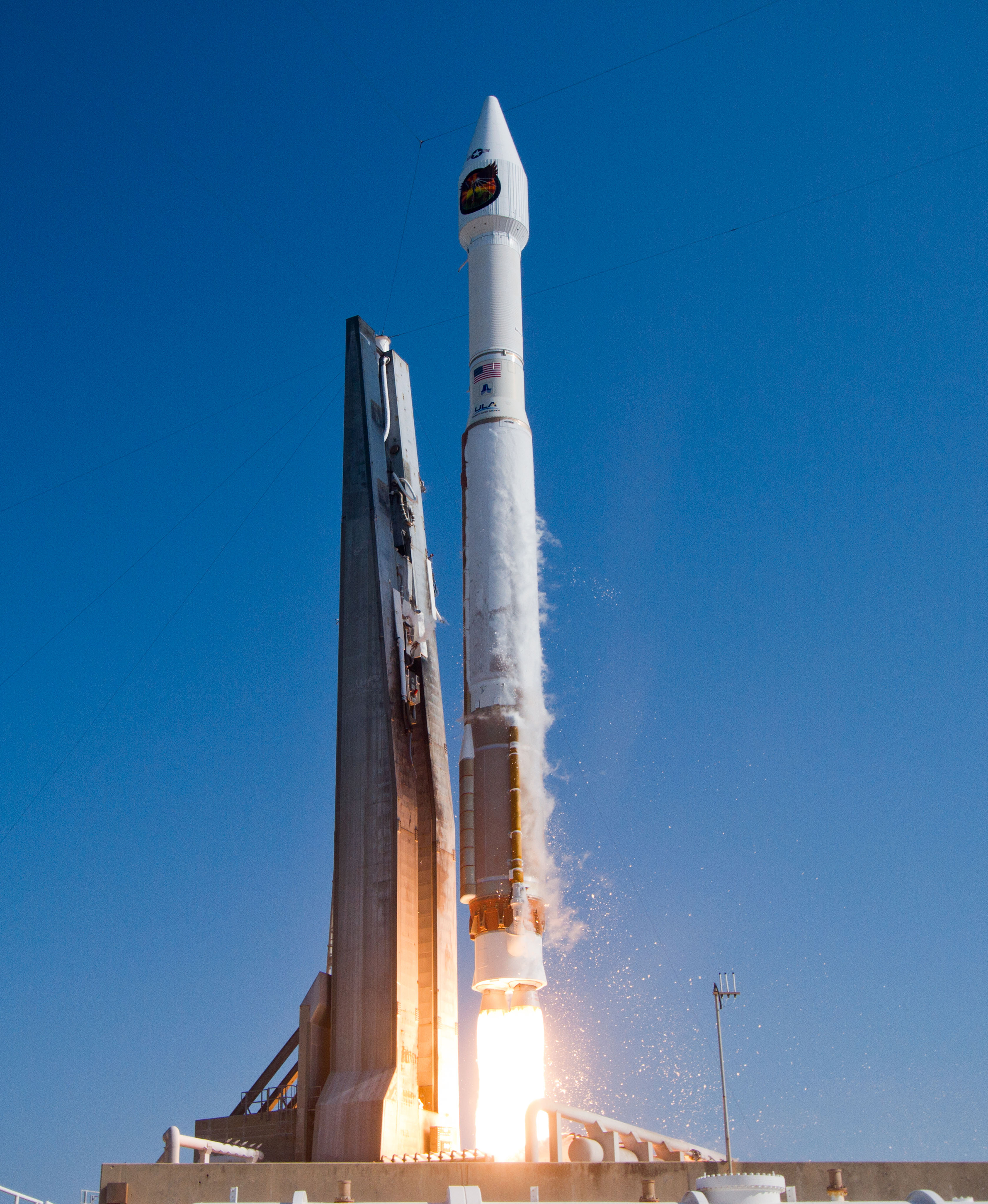 Launch of Atlas V NROL-33, Cape Canaveral Air Force Station. May
