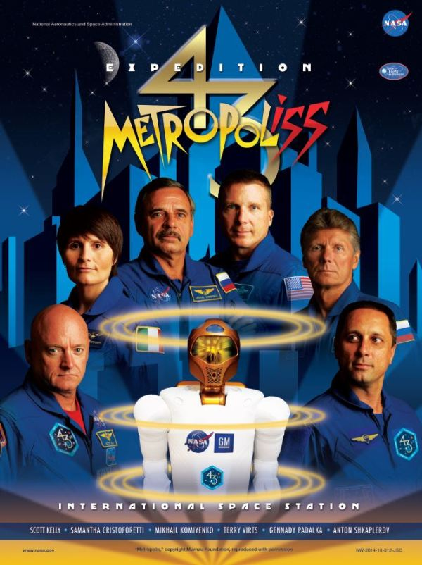 Membres de l'équipage Expedition 43 : (de gauche à droite) Scott Kelly (NASA), Samantha Cristoforetti (ESA), Mikhaïl Kornienko (Roscosmos), Terry Virts (NASA), Gennady Padalka et Anton Shkaplerov (Roscosmos). (Crédit photo: NASA)