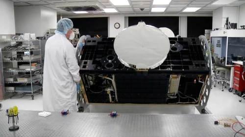 L'instrument CATS lors de son intégration en salle blanche. Crédits : NASA GSFC
