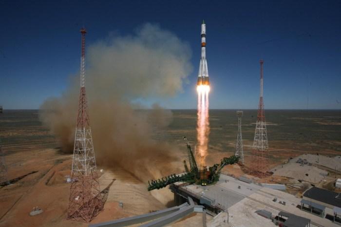 Lancement Soyuz / Progress M27-M du 28/04/15 (credit : Tsenki/Roscosmos)