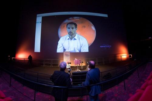 """Visio conférence avec Thomas Pesquet lors de l'avant-première de """"Seul sur Mars"""" à la Cité de l'espace le 8/11/15 (Credits : Cité de l'espace / ManuelHuynh)"""