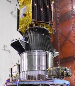 TeLEOS, VELOX-CI, VELOX-II, Athenoxat-1, Kent Ridge-1, et Galassia, lancés par PSLV-C29 le 15/12/15 (source ISRO)