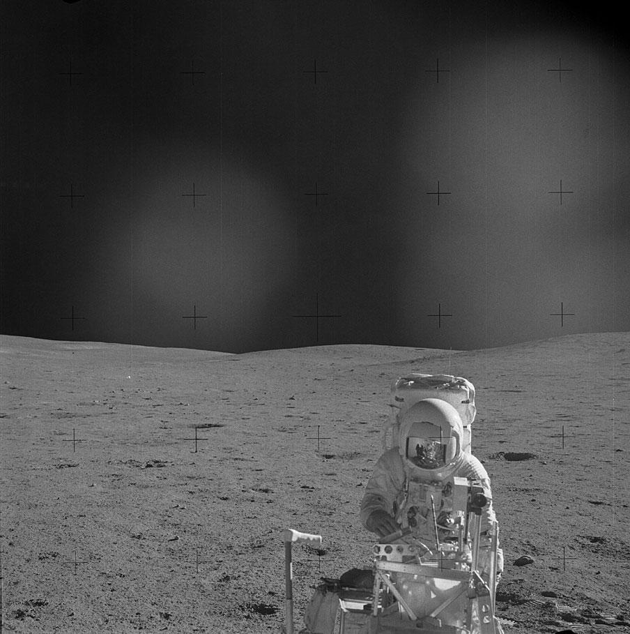 Apollo-14-ed-mitchell-lune-2