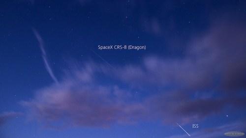 Le cargo Dragon poursuivant l'ISS photographié par Guillaume Doyen (credit Astroguigeek)