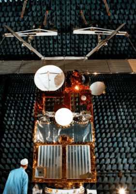 Le satellite ERS-1 en tests chez Airbus Defence and Space (nouveau nom du cosntructeur) (credit Airbus DS)