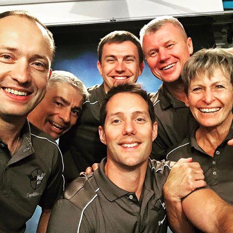 L'équipage de l'Expédition 51. De gauche à droite: Sasha Misurkin, Mark Vande Hei, Nikolay Tikhonov, Oleg Novitsky et Peggy Whitson (credit Thomas Pesquet)
