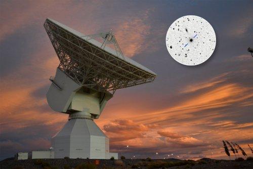 La station de tracking dans l'espace profond de l'ESA en Argentine et dans l'encadré, le Quasar P1514-24 (Credits : Estrack image: ESA/D. Pazos – Quasar P1514-24 inset image: Rami Rekola, Univerity of Turku, 2001)