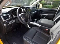 dsc_3527-titan-front-seats-interior