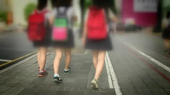 일본 유명 개그맨, 여고생 교복 속옷 절도.. `완전 골수분자구먼.`