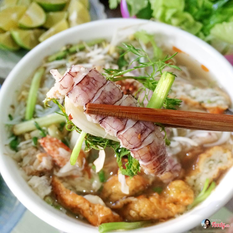 Các quán ăn và nhà hàng ngon ở Hạ Long