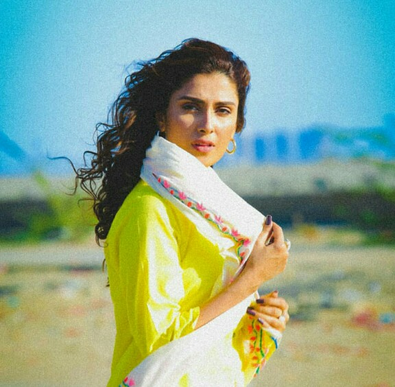 Ayeza Khan And Muneeb Butt To Star Together Again Reviewitpk