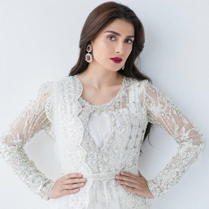 Ayeza Khan 2 5