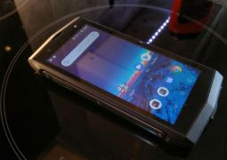 Poptel P8 rugged smartphone
