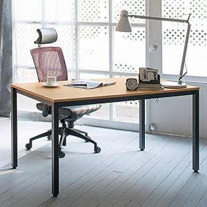 What is the Best Computer Desk Arrangement?