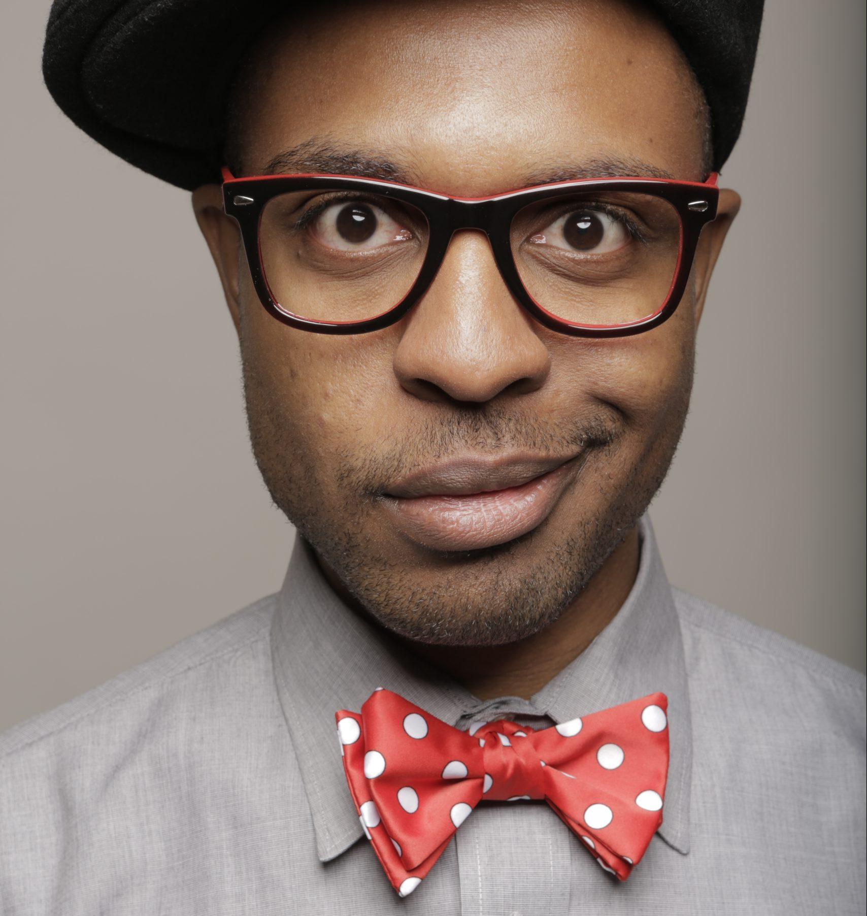 Kenny Wesley – red bowtie2