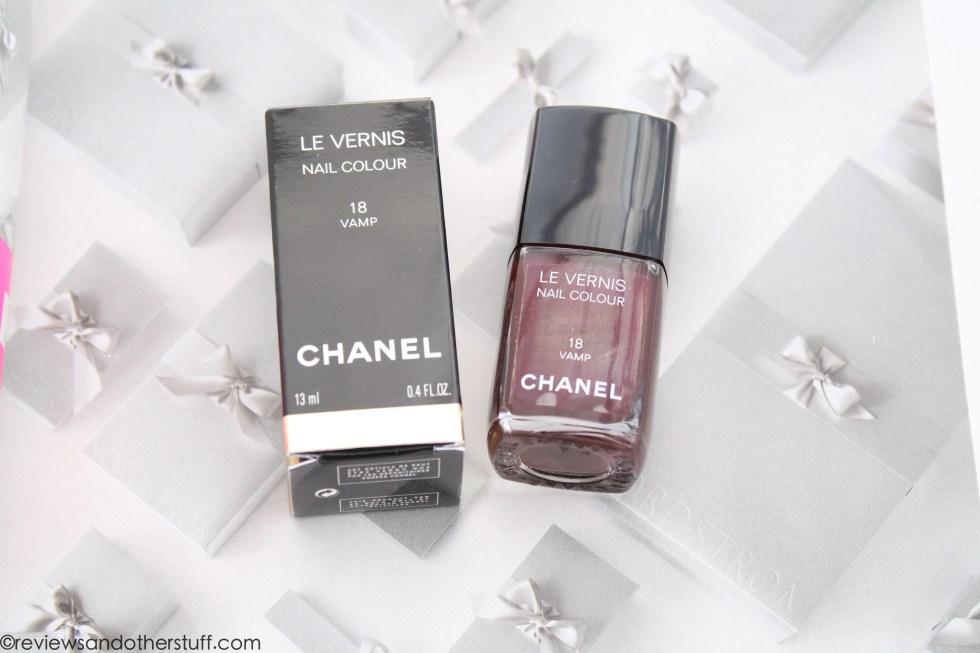 chanel nail polish vamp