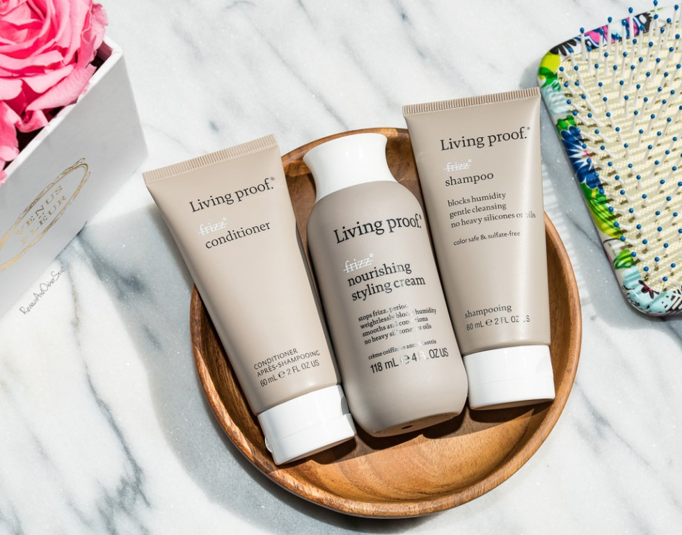 Living Proof No Frizz Conditioner review