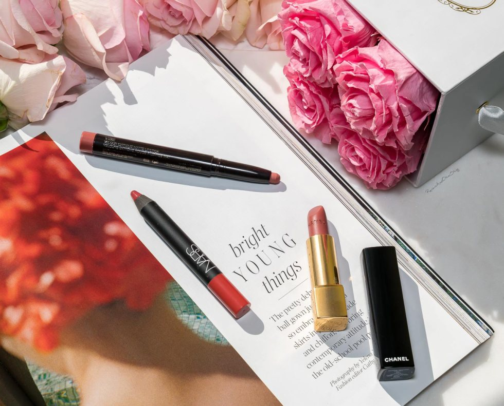 Laura Mercier Velour Extreme Matte Lipstick in Vibe