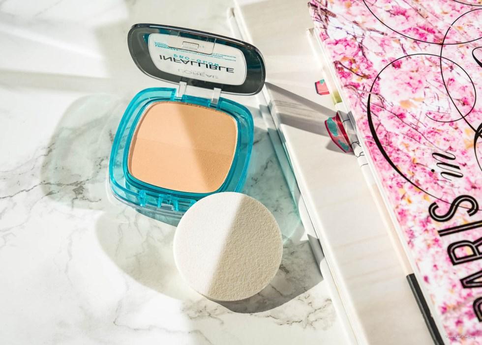 L'oreal Infallible Pro-Glow Powder in 23 Nude Beige swatch