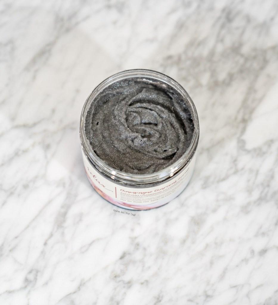 Manna Kadar Champagne Charcoal Body Scrub
