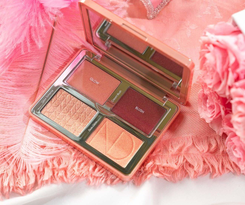 Natasha Denona Bloom Blush & Glow Palette review swatch