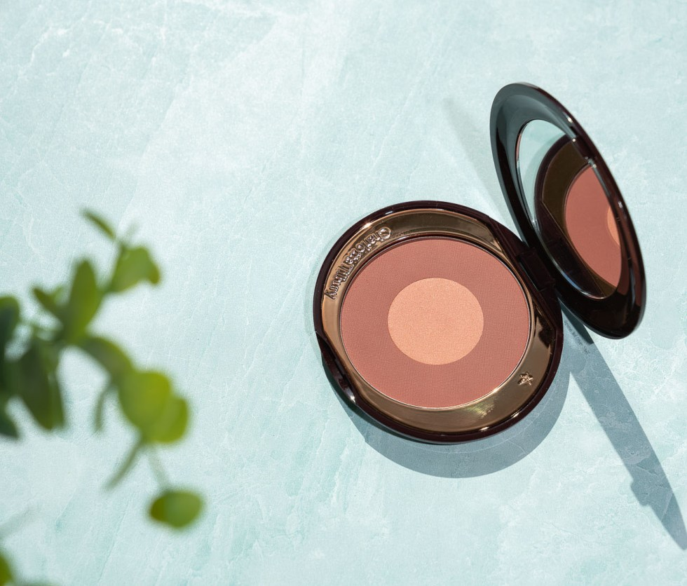 charlotte tilbury cheek to chic blush pillow talk intense review