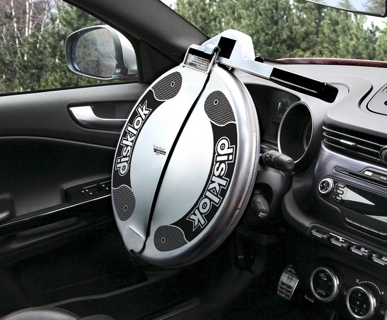 Most Reliable Steering Wheel Lock To Prevent Car Theft