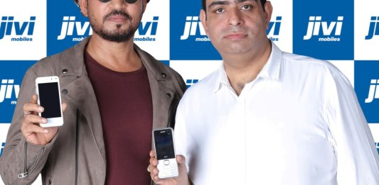 Pankaj Anand and Irrfan Khan
