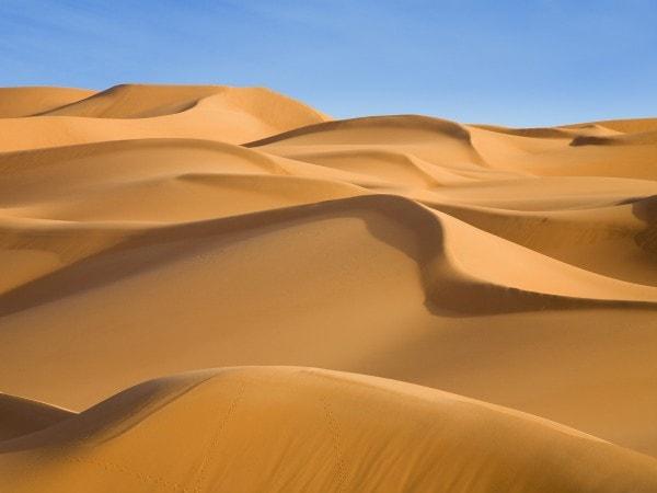 Seif dunes. Image credit 7-themes.com