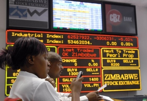 Traders at the ZSE. Image credit financialgazette.co.zw