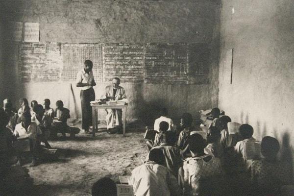 An early Jesuit Mission school in Zimbabwe. Image credit jesuitmission.de