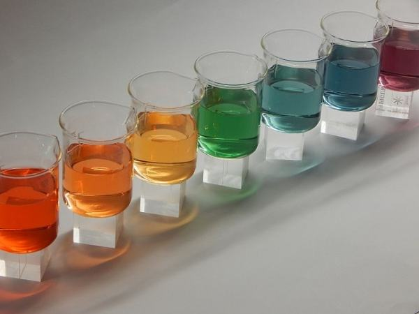 Universal indicator results showing the pH of various solutions. Image credit MediaWiki