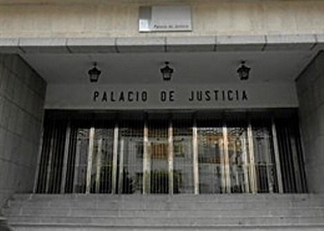 CSIF moviliza a los funcionarios de Justicia para la huelga del viernes y fleta un autobús para acudir a la manifestación en Madrid