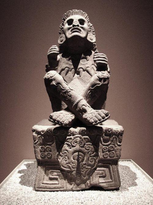 xochipilli, dios azteca del amor y el maiz