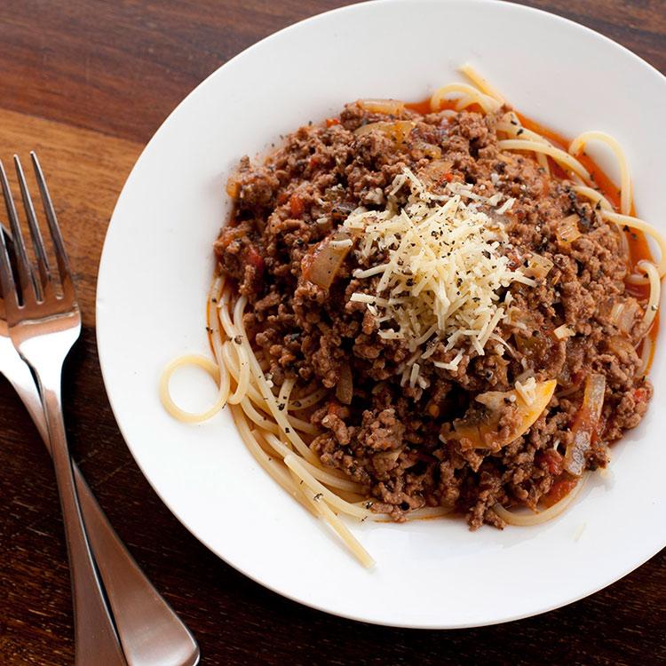 Pasta bolognesa, receta para fetuccini, spagehetti o tagliatelle
