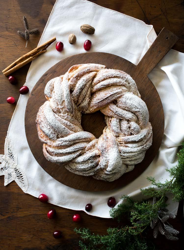 Rosca de navidad de canela y especias