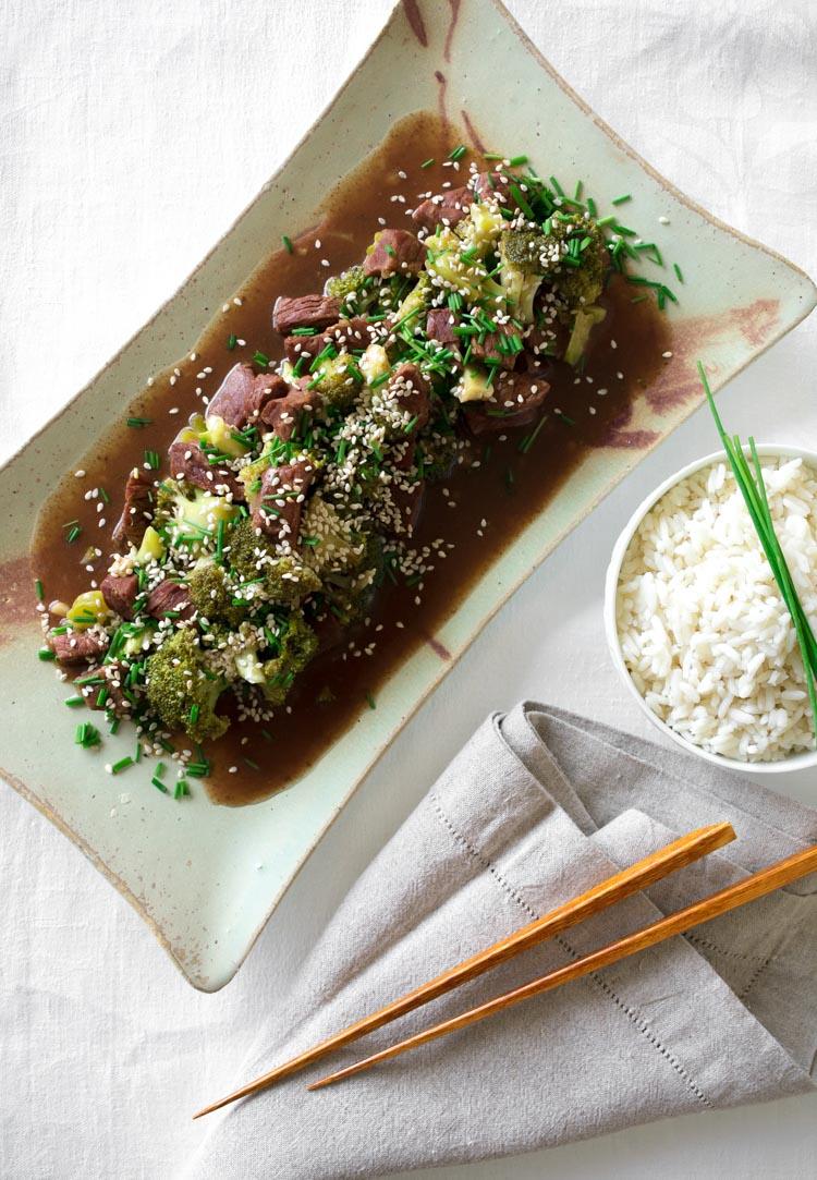 Receta de beef broccoli casero, versión ligera, fácil y saludable del platillo chino