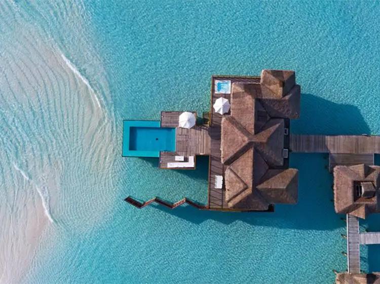 Hoteles flotantes: Conrad Rangali Island, Madlivad