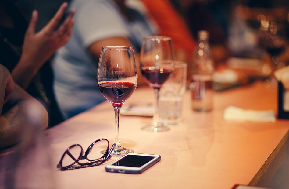 4 apps de vino esenciales