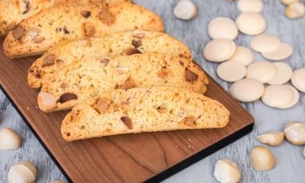 Biscotti con chocolate blanco y macadamia