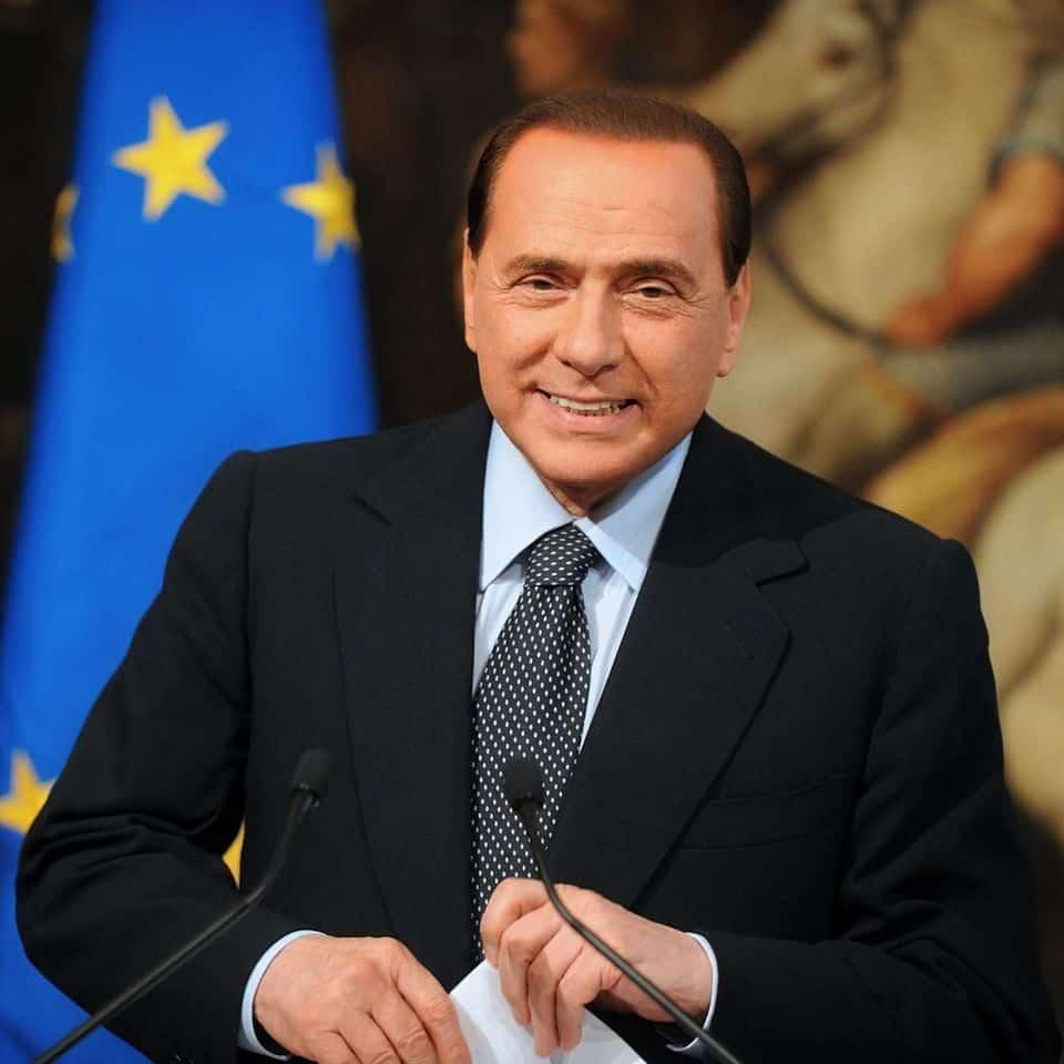 Silvio Berlusconi donează 10 milioane de euro pentru Lombardia 1