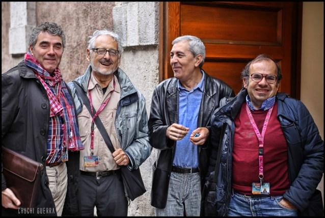 Cuatro especialistas cinematográficos a punto de hacer lo que mejor saben: ver cine. Foto: Chuchi Guerra