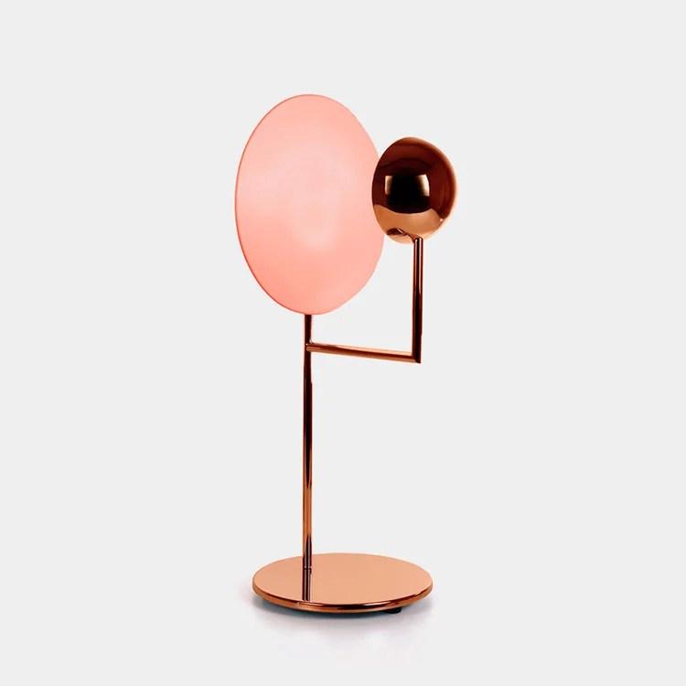 Referencia A362 de la línea Cantante de la diseñadora Claudia Moreira Salles para Bertolucci.