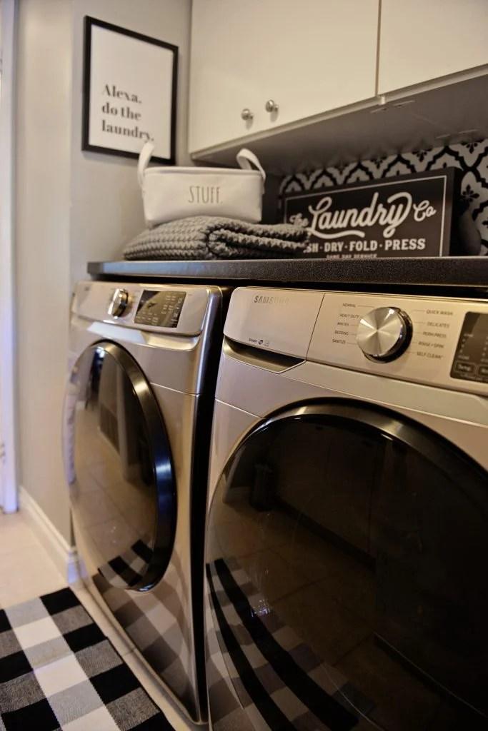 Samsung lanzó su nueva línea de lavadora y secadora color champagne,  electrodomésticos diseñados para el buen gusto, para niveles altos de confort y que representan un estilo de vida clásico, minimalista y diseñados para que combinen con el interiorismo de cualquier parte de la casa.