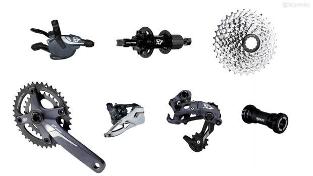 Freqüentemente visto em hardtails de preço mais baixo e em bicicletas com suspensão dupla, o SRAM X7 é uma boa opção para uso off-road regular com orçamento limitado