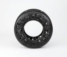 Wim-Delvoye_untitled-car-tyre-No2_2_2009_d65dbce640