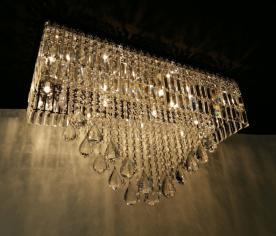 https://www.boutiquedoslustres.com.br/luminaria-em-cristal-e-pingente-cristal-stelle-g