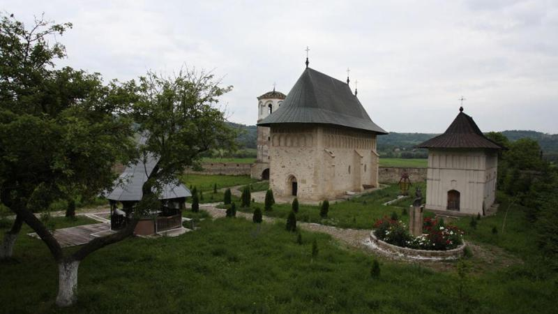 manastirea-dobrovat