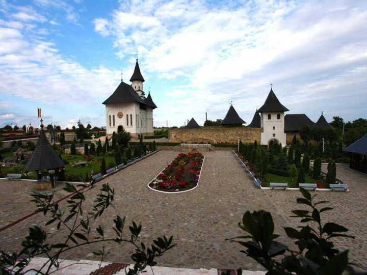 manastirea-hadambu