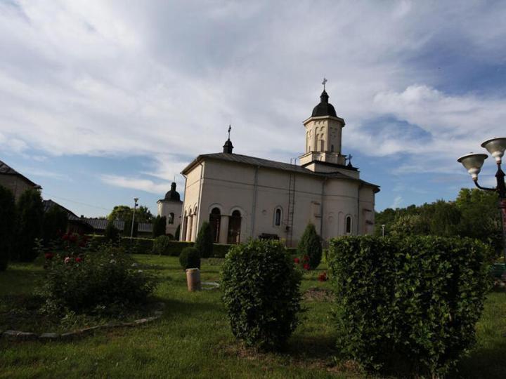 manastirea-hlincea